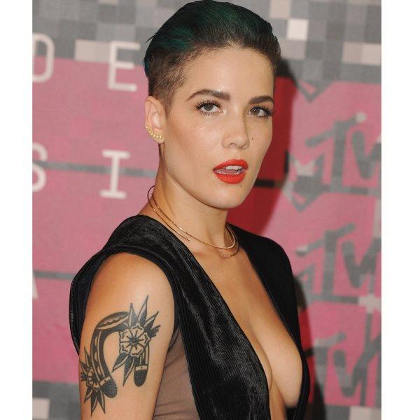 101 Tattoos Von Beruhmten Personen Stars Und Promis