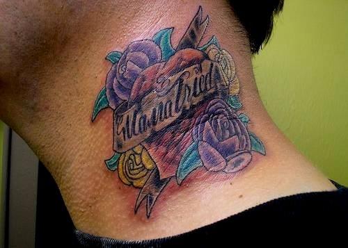 Männer hals tattoos 40 kleine