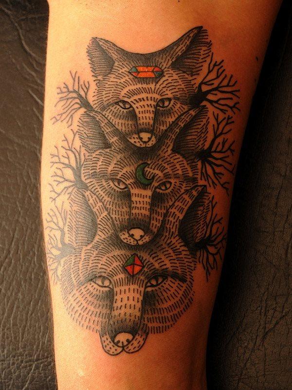 70 fantastische tiere tattoos sechzig bilder. Black Bedroom Furniture Sets. Home Design Ideas