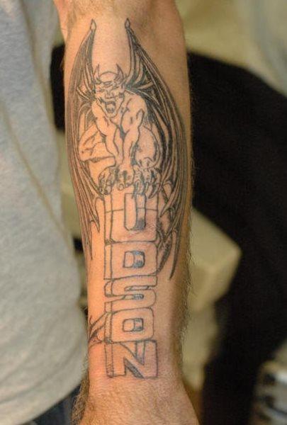 Steintafel Tattoo