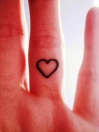 72 Aktuelle Tattoos Von Ringe Und Eheringen