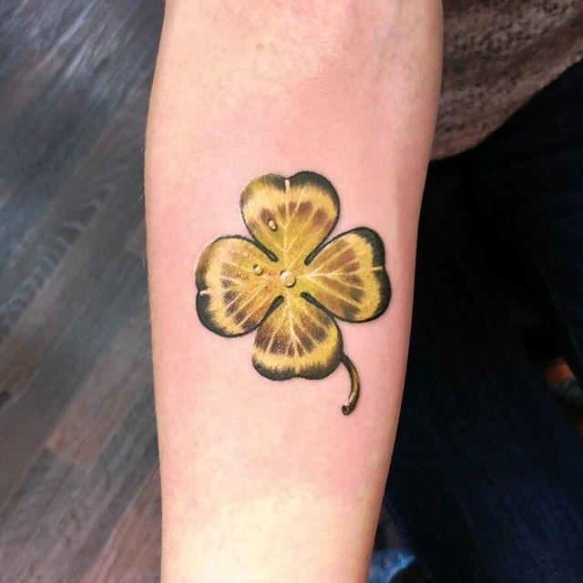 Kleeblatt Tattoo