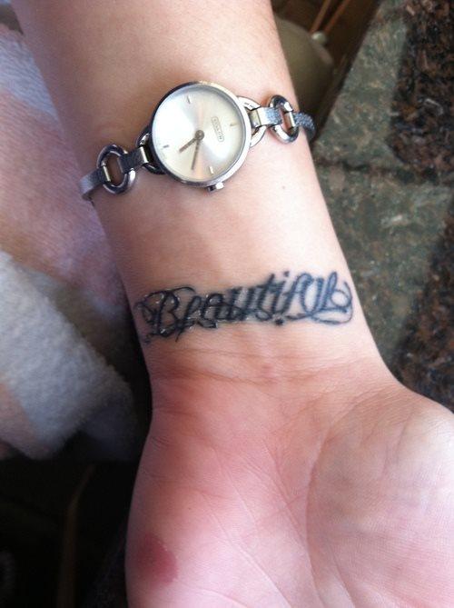 Namen Tattoos Bilder