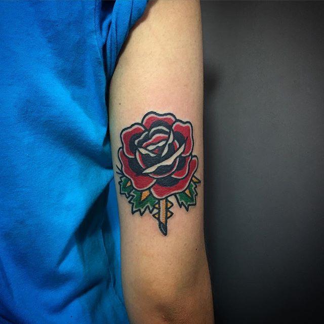 80 Tatuajes De Flores Bonitas Galeria De Disenos Visualmente apelativas, requerem, na maior parte das vezes, cor (o que. 80 tatuajes de flores bonitas galeria