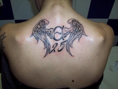 Letra C En Tatuaje Sfb