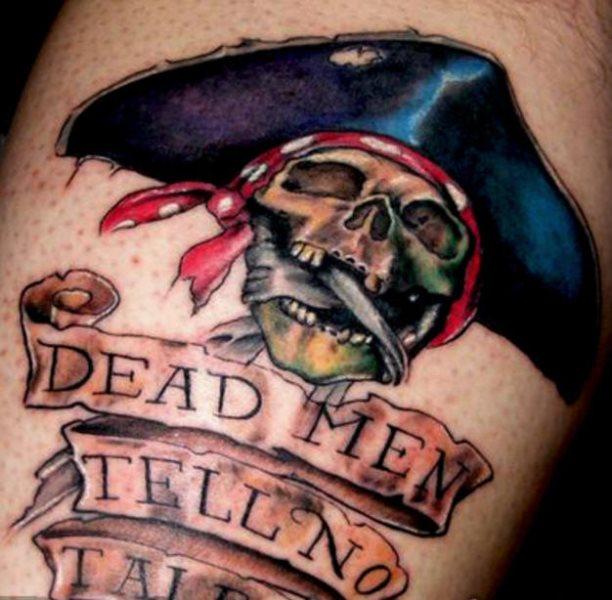 Tatuajes piratas: Corsarios, bucaneros, barcos y calaveras