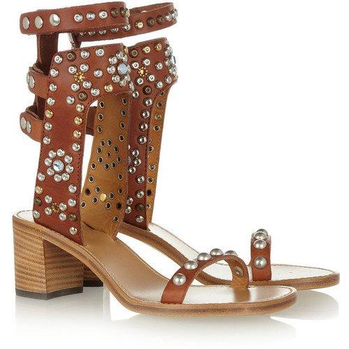 36 Sandalias o chanclas para vestir este verano