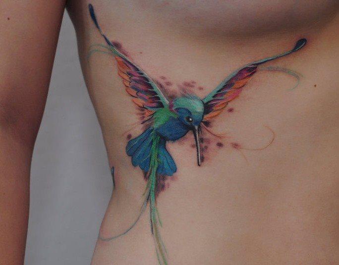 105 Tatuajes de brillantes colibries o picaflores