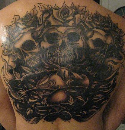 tatuajes-de-enredaderas-trepadoras-38