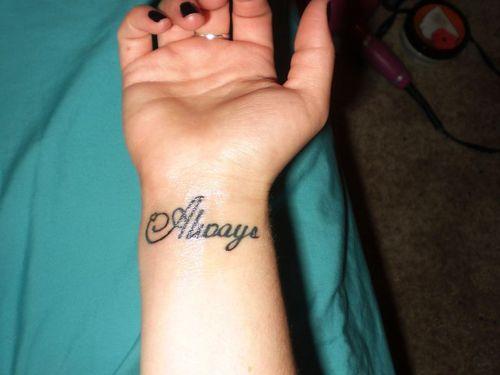 tatuajes letras 17