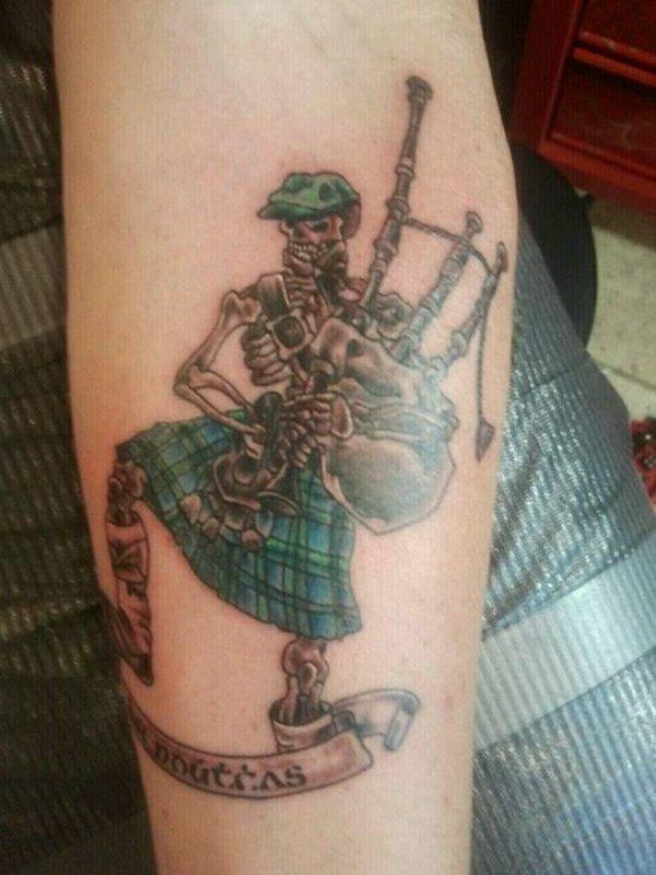 tatuaje antebrazo modelo 122
