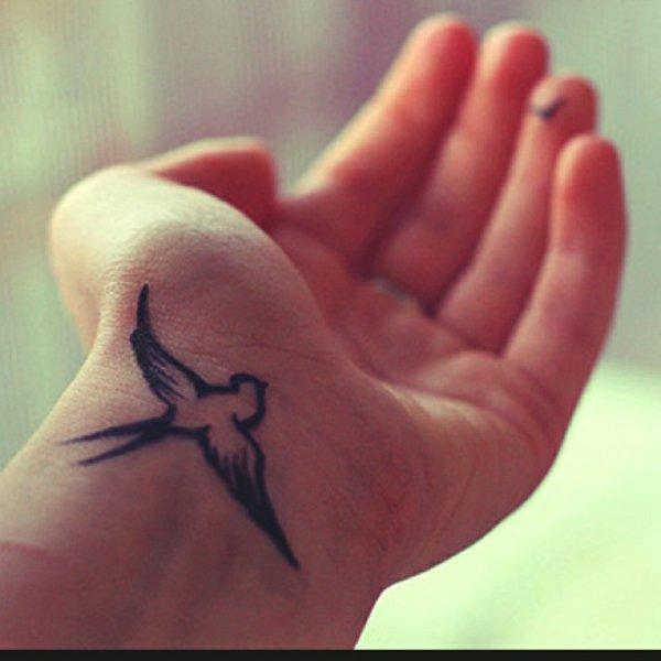 foto tatuajes munecas 301