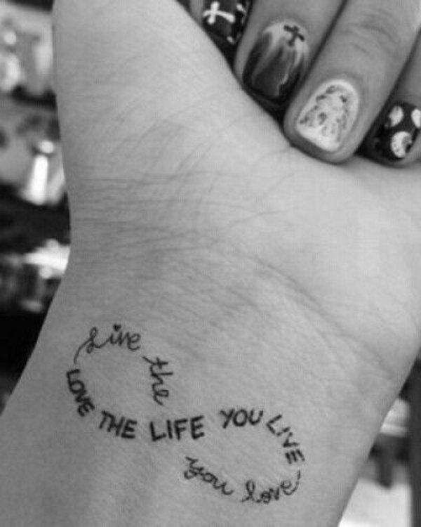 idea tatuaje muneca 221