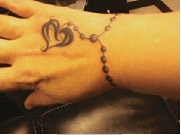 idea tatuaje muneca 223
