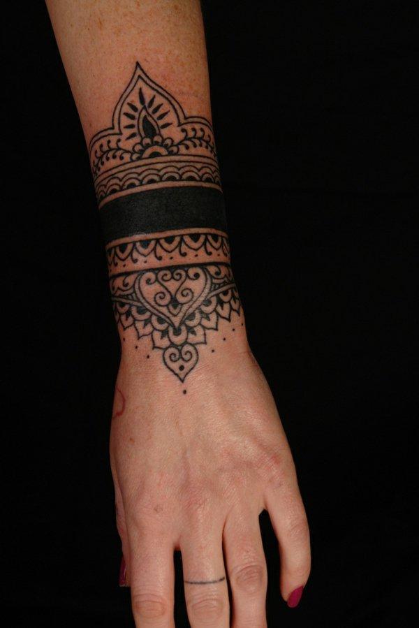 tatuaje muneca modelo 101