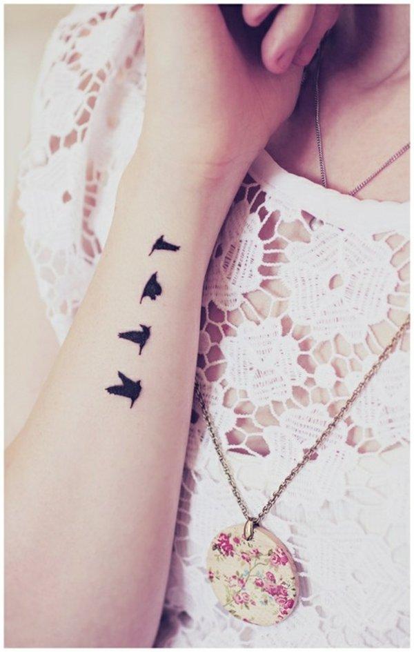 tatuaje muneca modelo 120