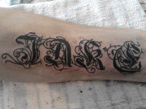 tatuajes-nombres-04