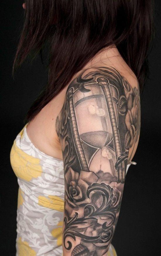 tatuaje reloj arena 330