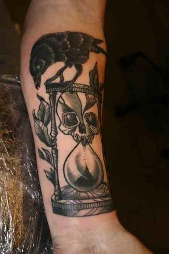 tatuaje reloj arena 337