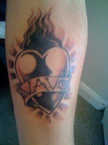 tatuaje amor love 1012