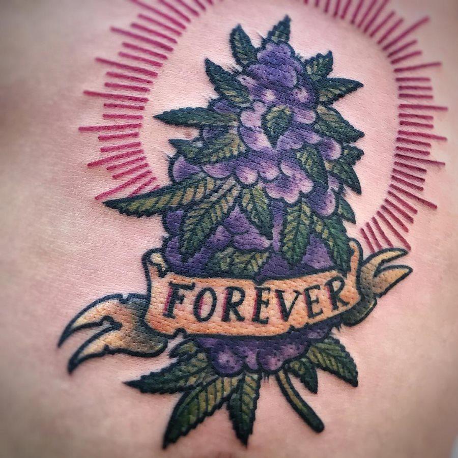 Marijuana Tattoos Designs Ideas And Meaning: Tatuajes De Cannabis O Marihuana: Hojas Y Cogollos