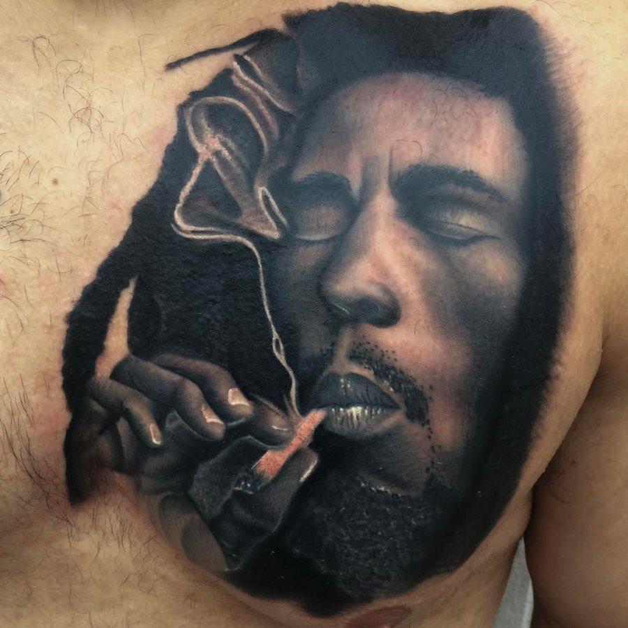 tatuaje cannabis206