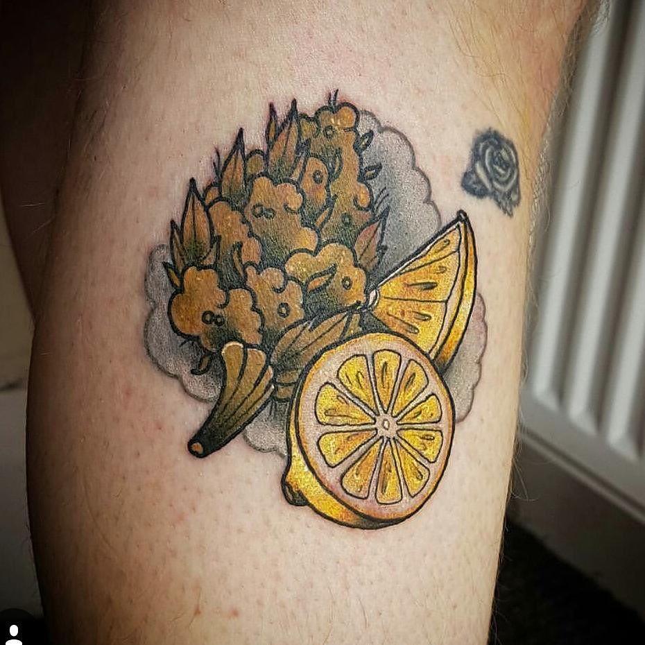 tatuaje cannabis253