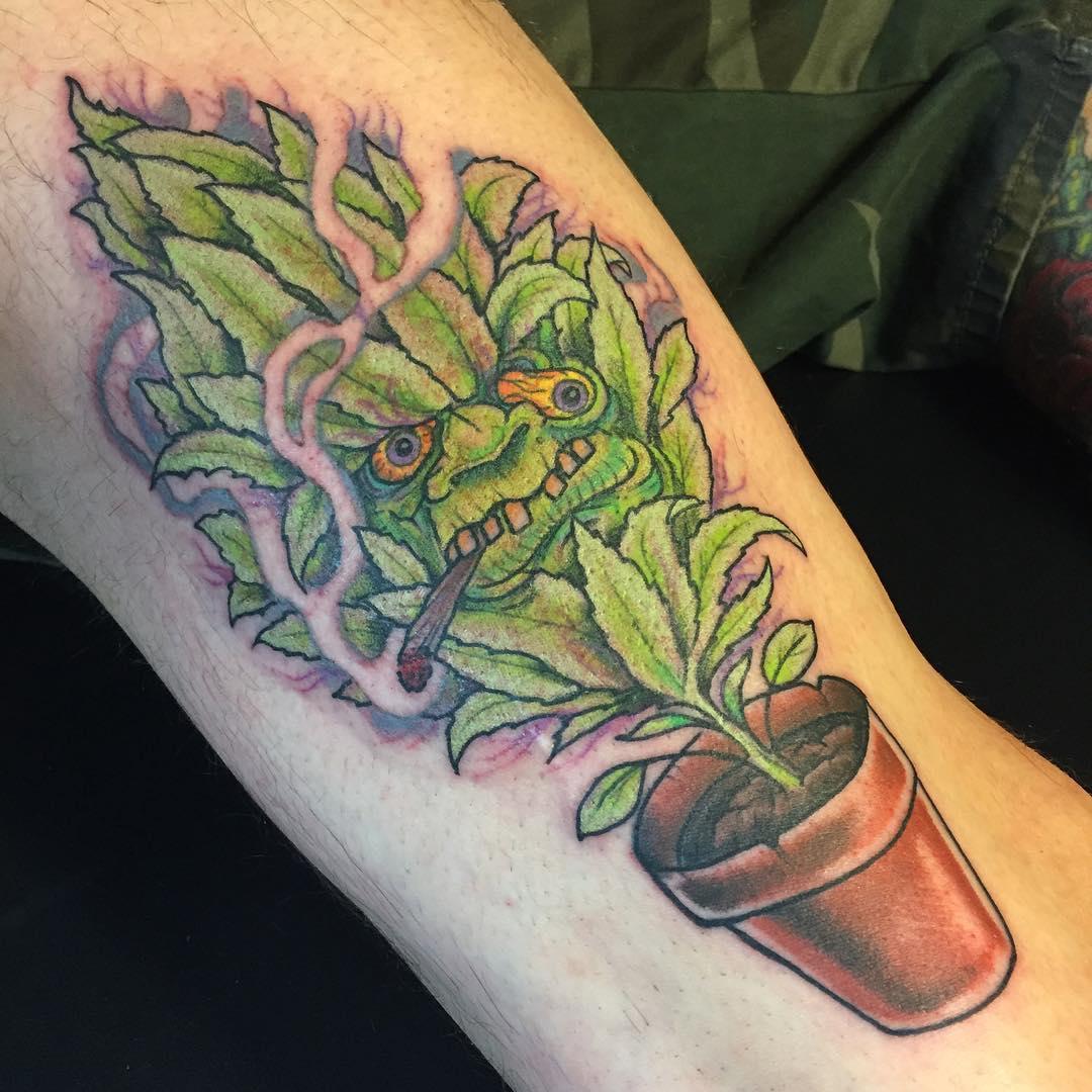 Tatuajes De Cannabis O Marihuana Hojas Y Cogollos