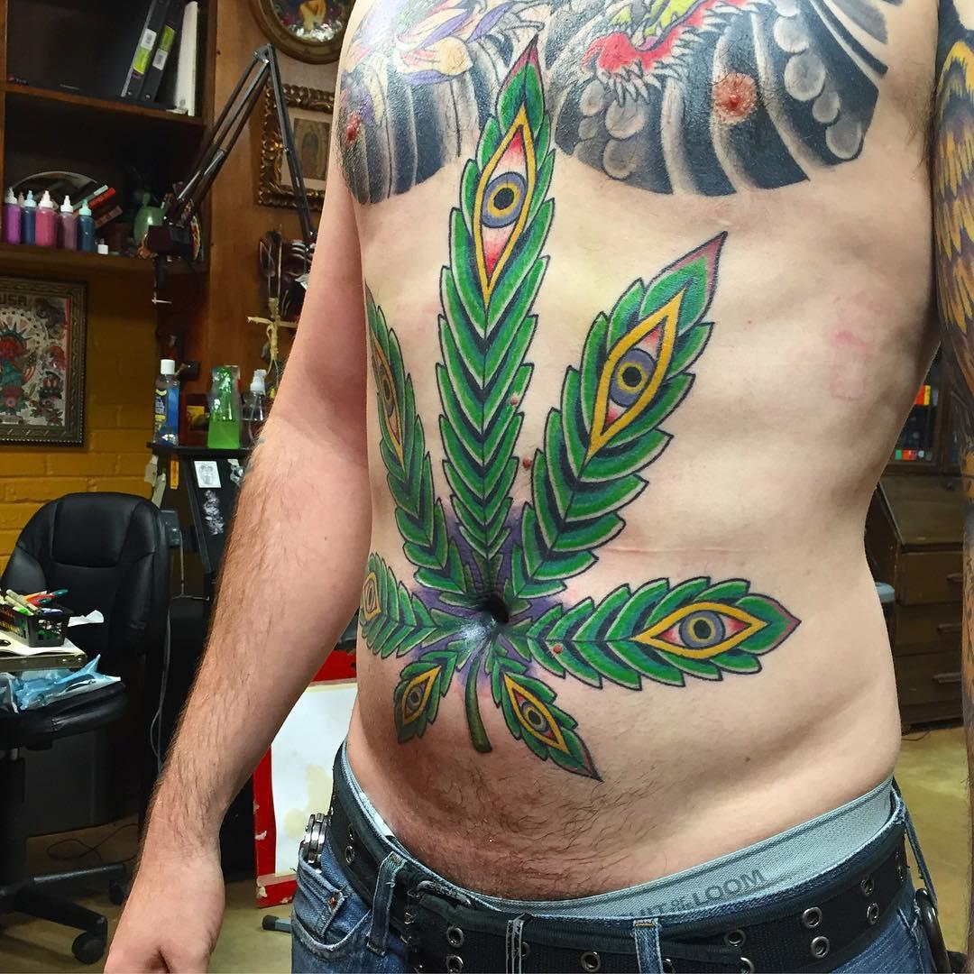 tatuaje cannabis324