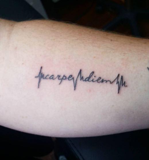 Carpe Diem Con Otros Diseños Tatuajes De Esta Famosa Frase