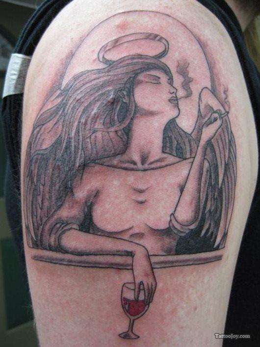 tatuaje Vino128