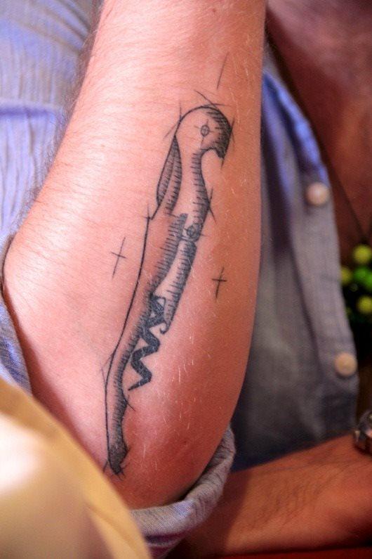tatuaje Vino137