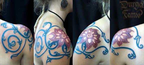 tatuaje Omoplato136
