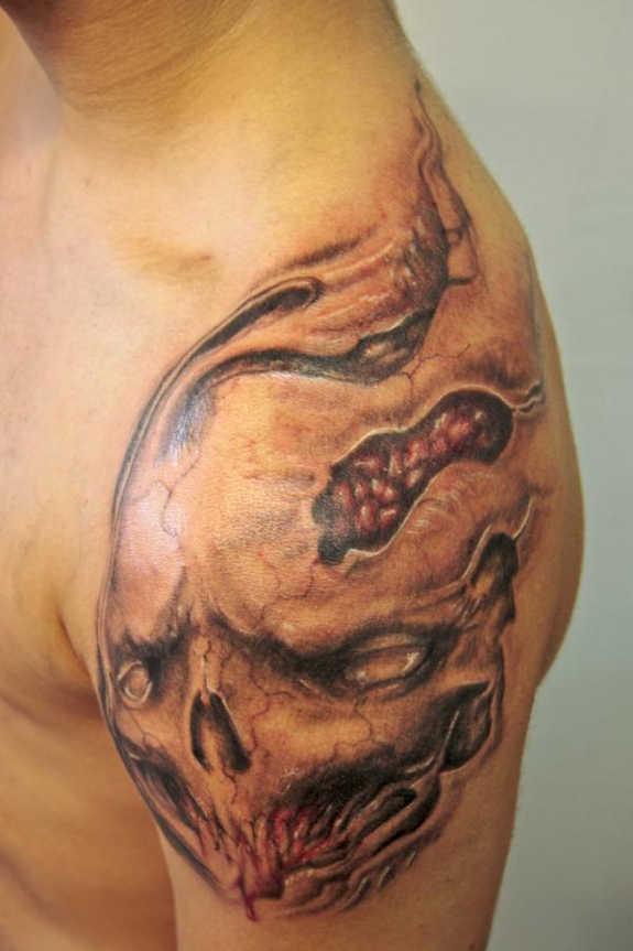 tatuaje Omoplato147