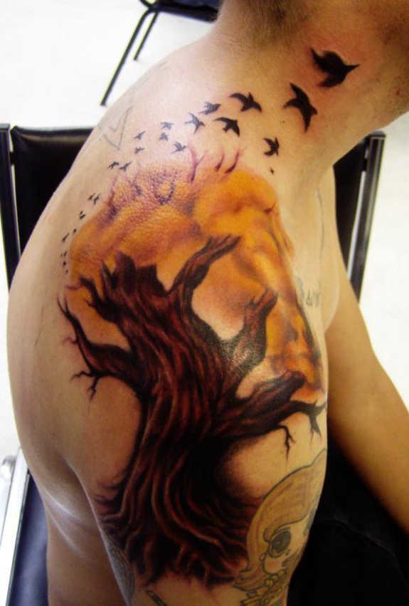 tatuaje Omoplato149
