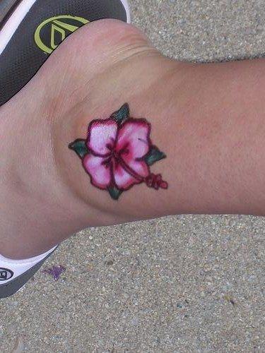 62 Tatuajes Hawaianos En Varias Partes Del Cuerpo