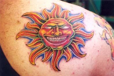 tatuajes  motivos  una luna   sol