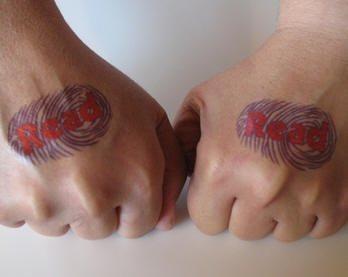 tatuaje mano 1006