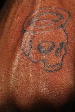tatuaje mano 1029