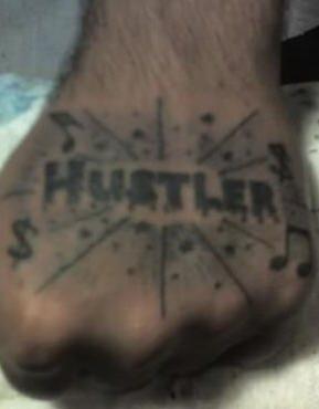 tatuaje mano 1045