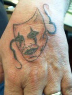 tatuaje mano 1046