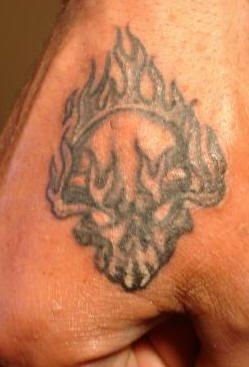 tatuaje mano 1048