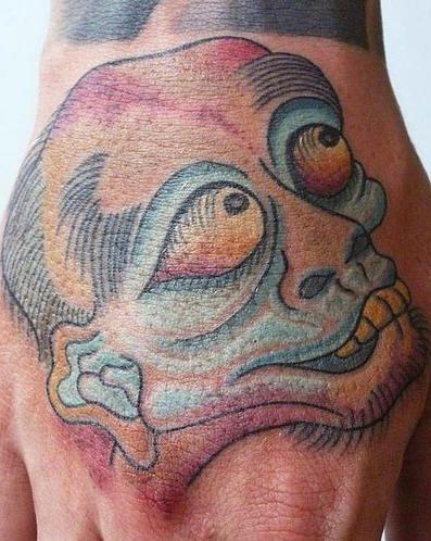 tatuaje mano 1055