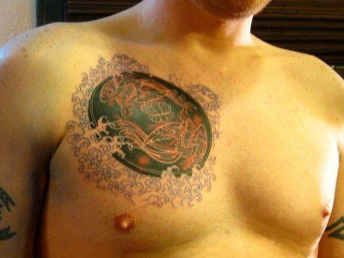 tatuaje pecho 1050