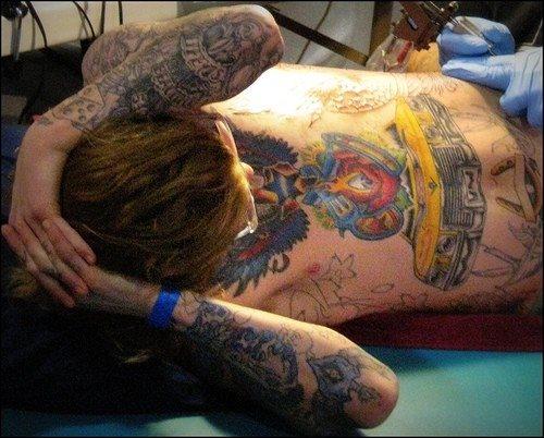 tatuaje pecho 1059