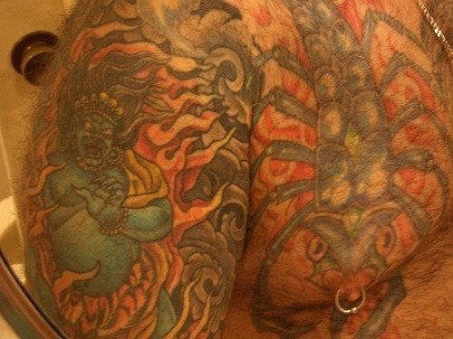 tatuaje pecho 1070