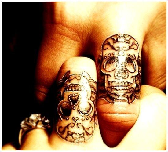 55 Tatuajes Para Manifestar Carino Y Amor