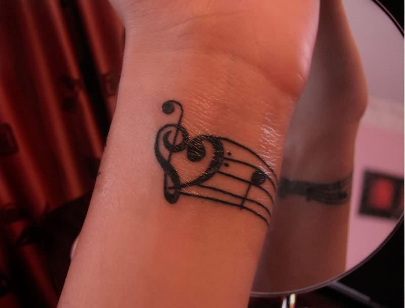 40 Tatuajes De Claves Musicales Sol Y Fa