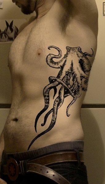 39 Tatuajes Maravillosos En Las Costillas