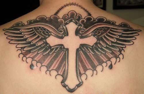 119 Tatuajes con una cruz de la vida, templaria y de hierro